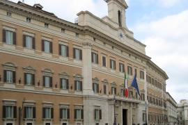 Reportage da Montecitorio/2 Una commedia in attesa della vera partita