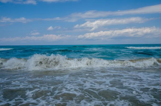 Le onde del Mediterraneo e il naufragio della politica UE